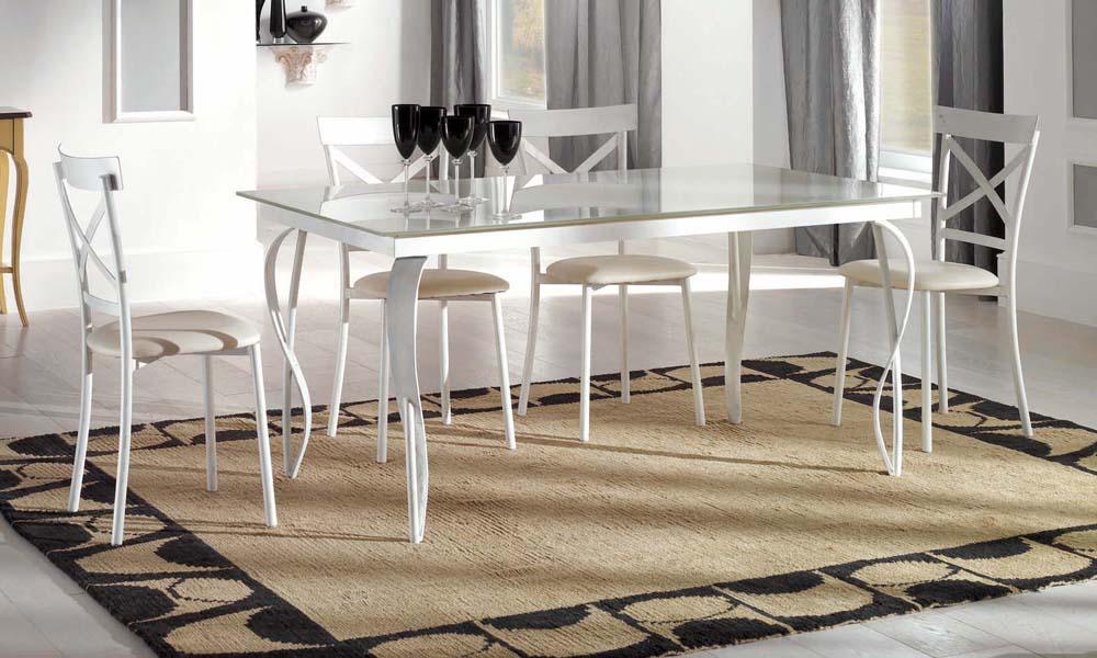 Tavoli da cucina moderni for Sedie da tavolo moderne